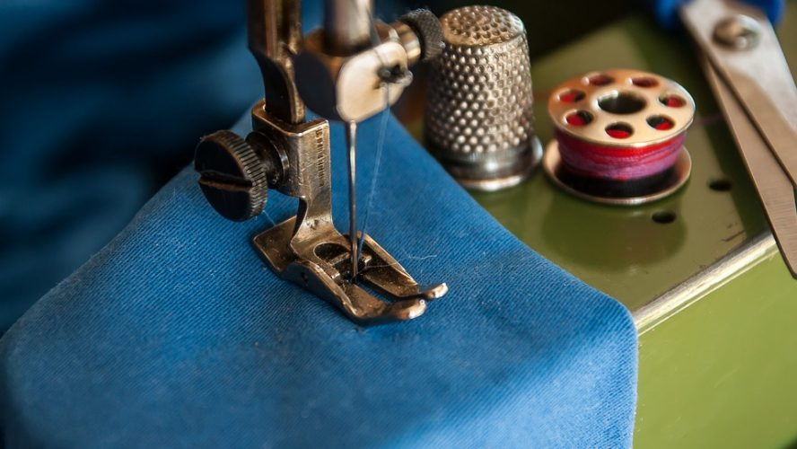 Properly Install The Needle Clamp-On Vintage Singer 221