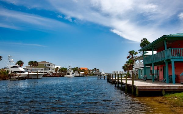 Where to Book a Beach House or Condo Rental in Gulf Shores, Alabama