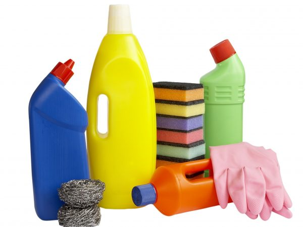 Tips for Making Your Kitchen Cleaning Products Last Twice as Long