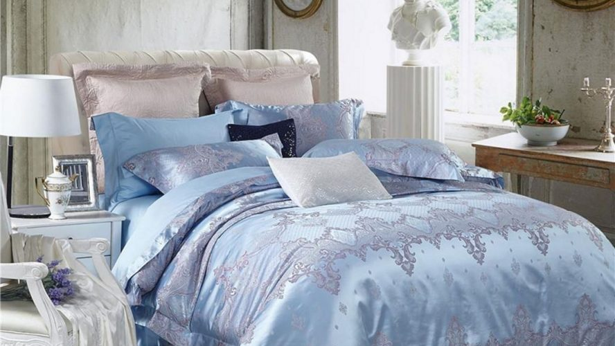 Classic Silk Sheets Are The Ultimate Choice For Bedding; Here's Why!